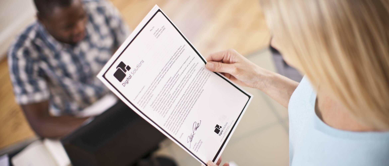 Tipos de letra que ajudam a poupar tinta ou toner no seu equipamento de impressão Brother