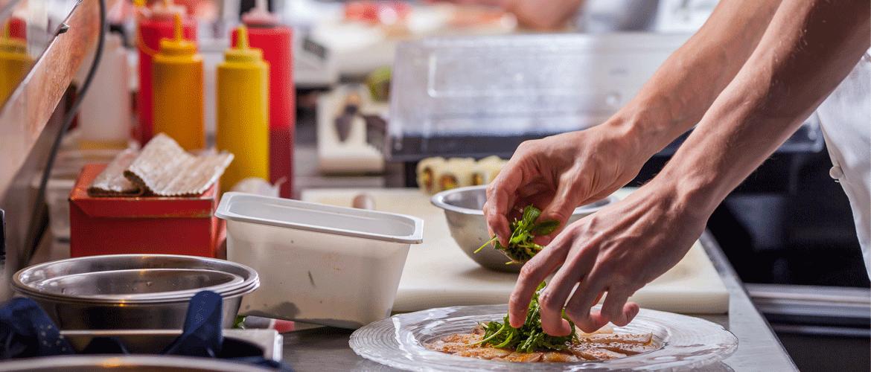 Cálculo da validade dos alimentos na cozinha