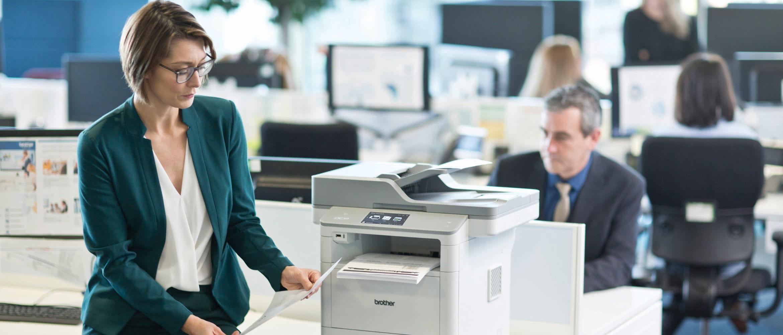 Como pode beneficiar a sua empresa dos serviços de gestão da impressão da Brother