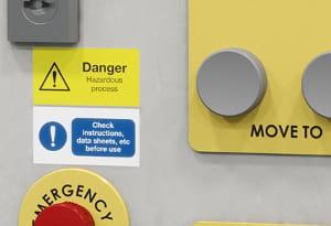 Etiquetas para Sinalização e identificação em edifícios